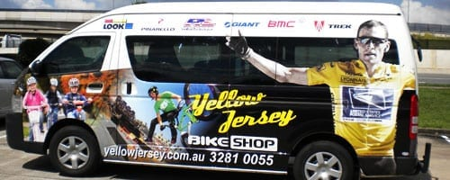 courtesy-buses-and-vans-graphics-signage-bottom-slider6-brisbane