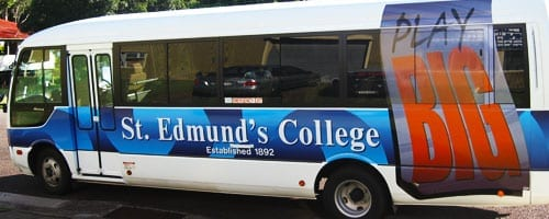 courtesy-buses-and-vans-graphics-signage-bottom-slider8-brisbane