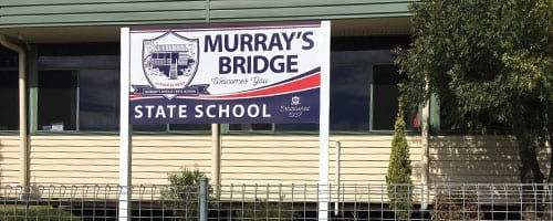 Murrays-Bridge-SS_Entrance-Sign_200x500
