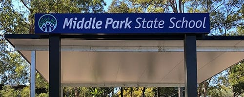middle-park-state-school-walkway-signage_200x500